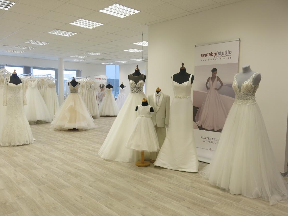 07bb58c336ac Svatební studio Dany Svozílkové otevřeno!