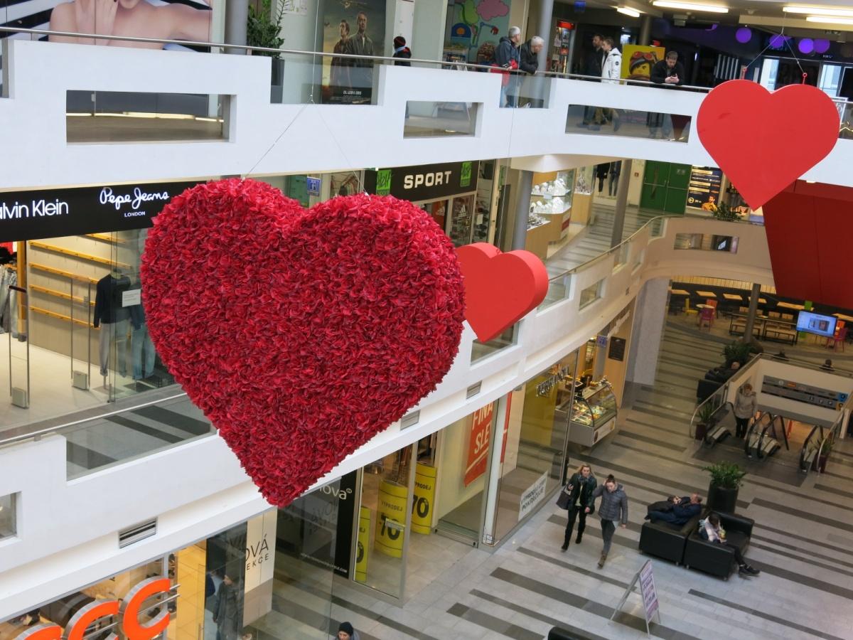 17. února Valentýn ve Zlatém jablku 14. 3cff9424e8
