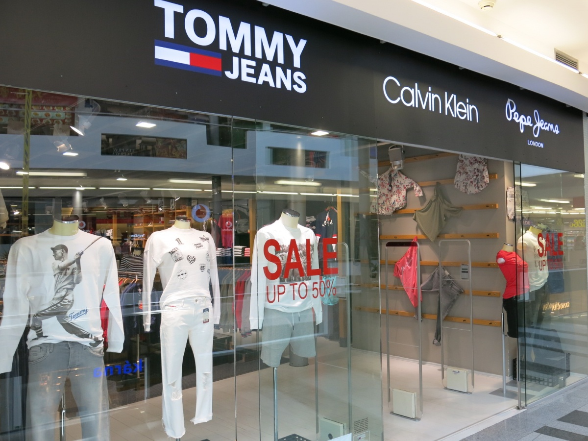 TOMMY JEANS & CALVIN KLEIN